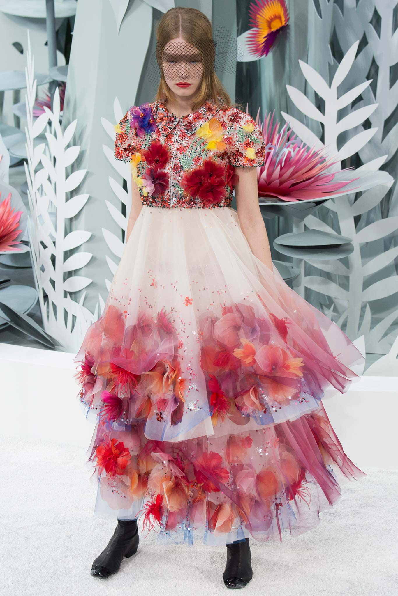 Chanel haute couture s s 2015 paris graveravens for Haute couture 2015