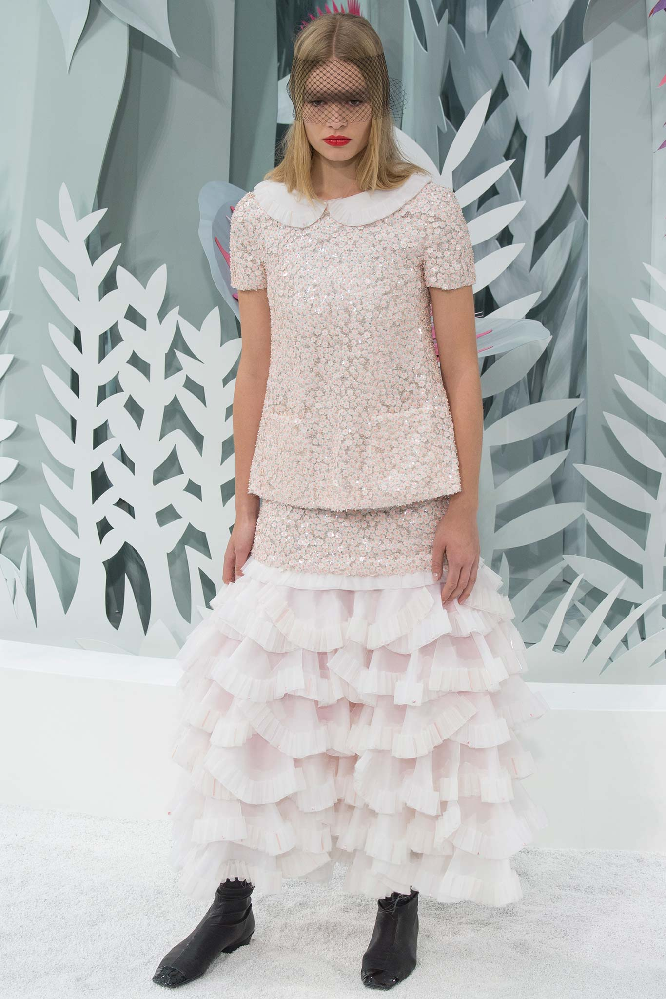 Chanel haute couture s s 2015 paris graveravens for Chanel haute couture 2015