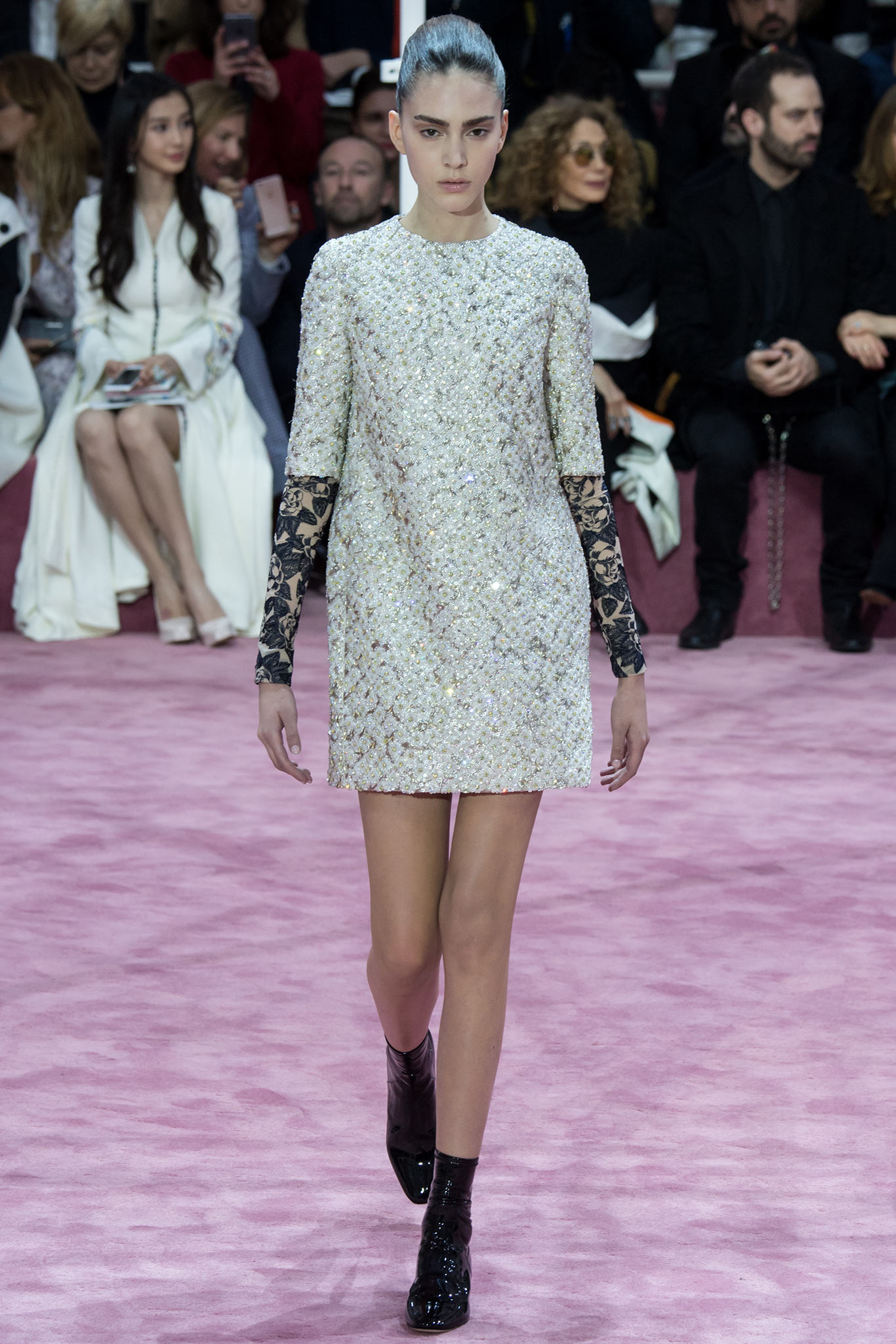 Christian dior haute couture s s 2015 paris graveravens for Haute couture 2015