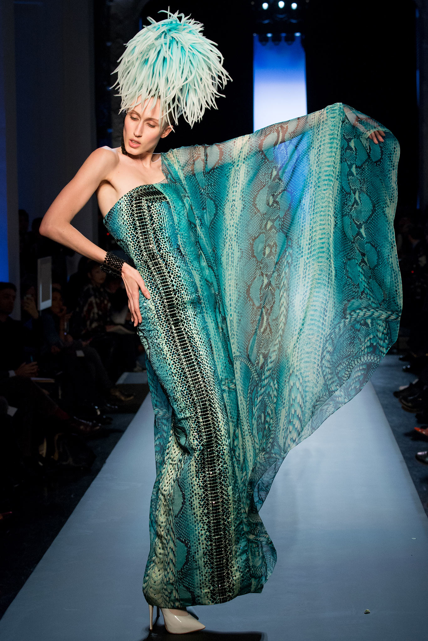 Jean paul gaultier haute couture s s 2015 paris graveravens for Couture a paris