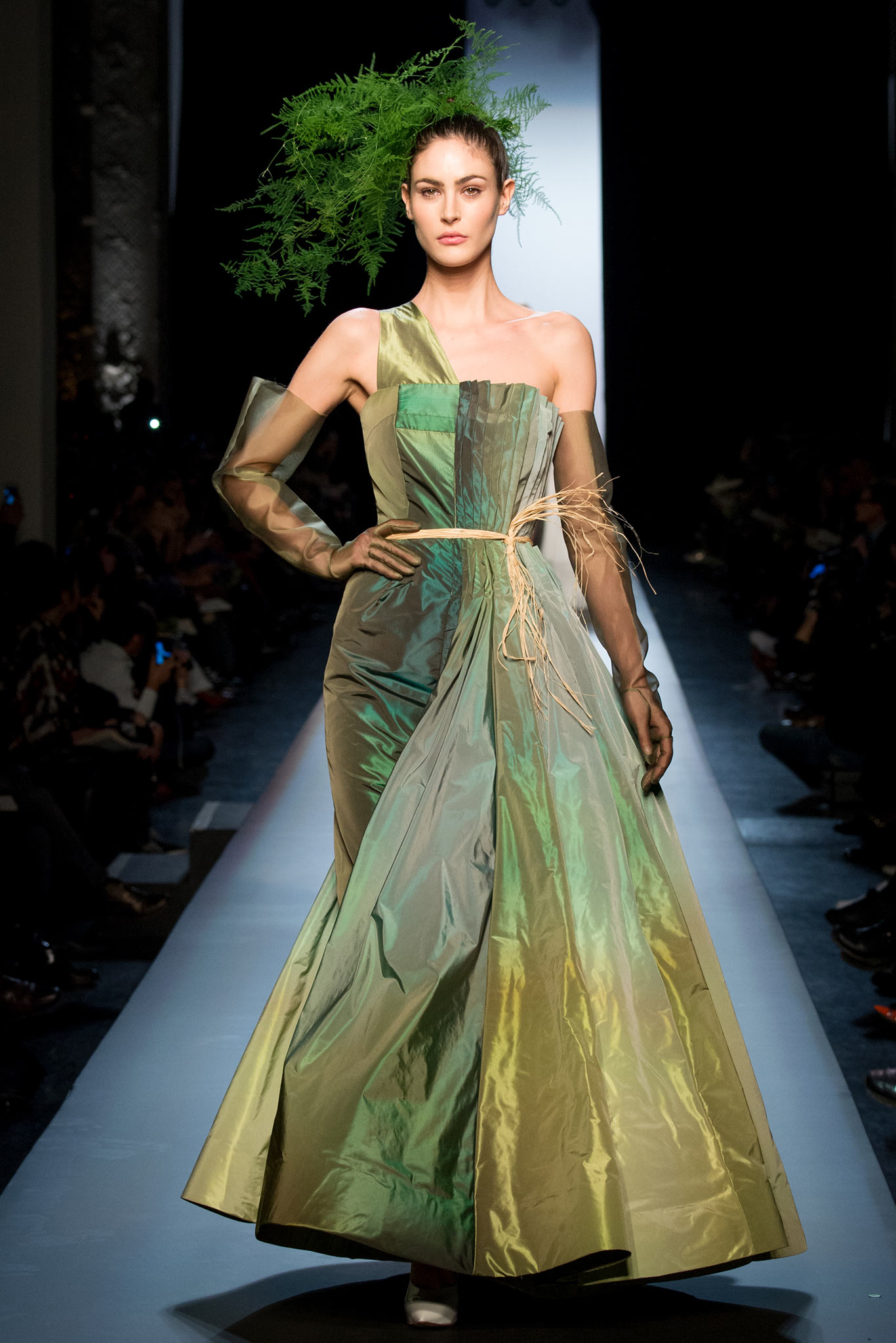 Jean paul gaultier haute couture s s 2015 paris graveravens for Haute couture 2015