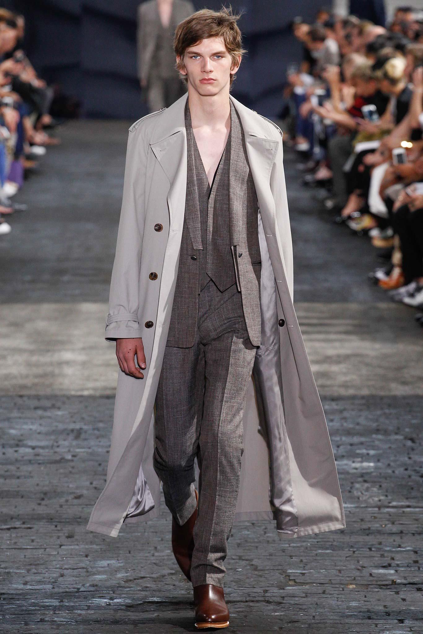Maison margiela menswear s s 2016 paris graveravens for Maison margiela paris