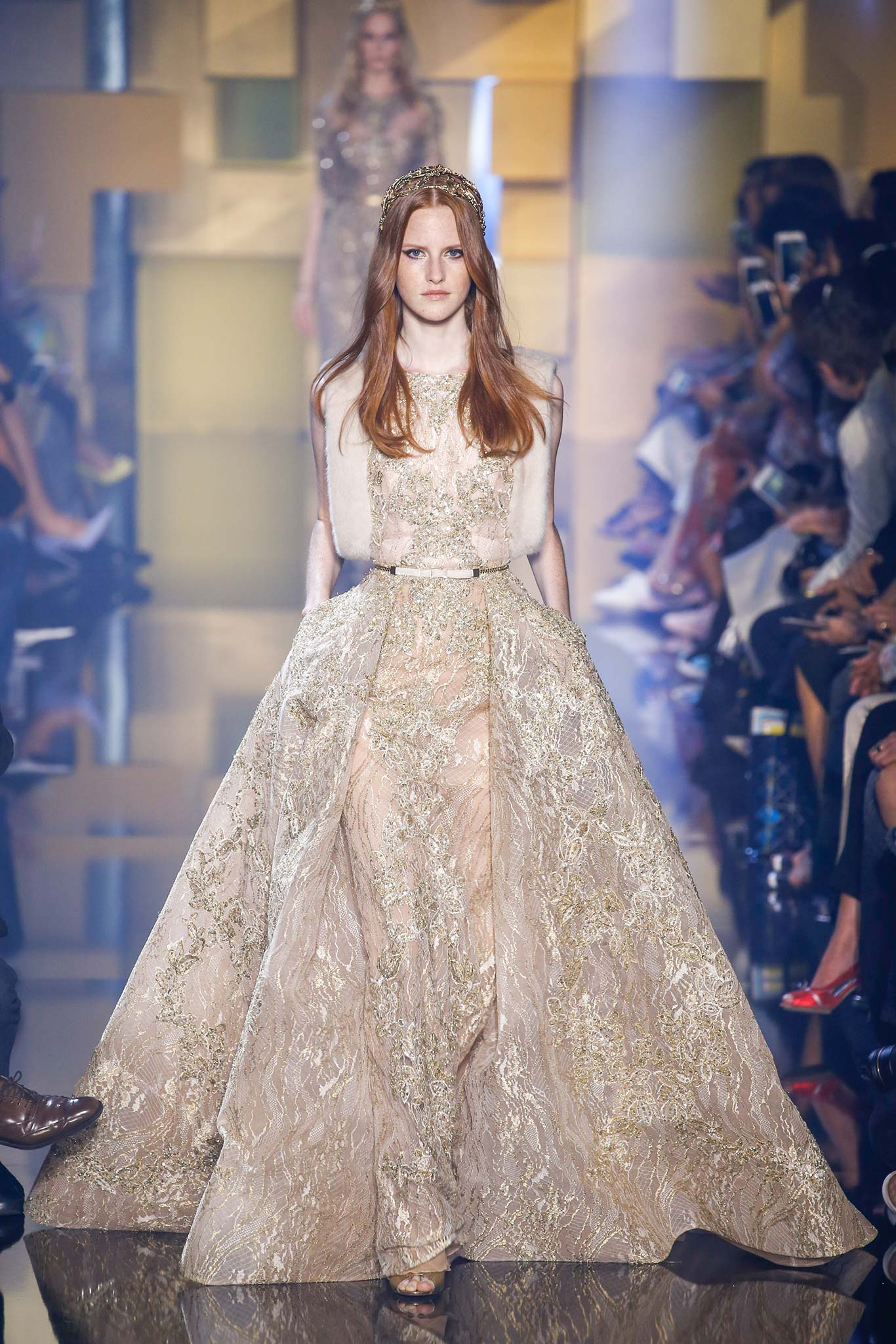 Elie saab haute couture f w 2015 paris graveravens for Couture a valenciennes