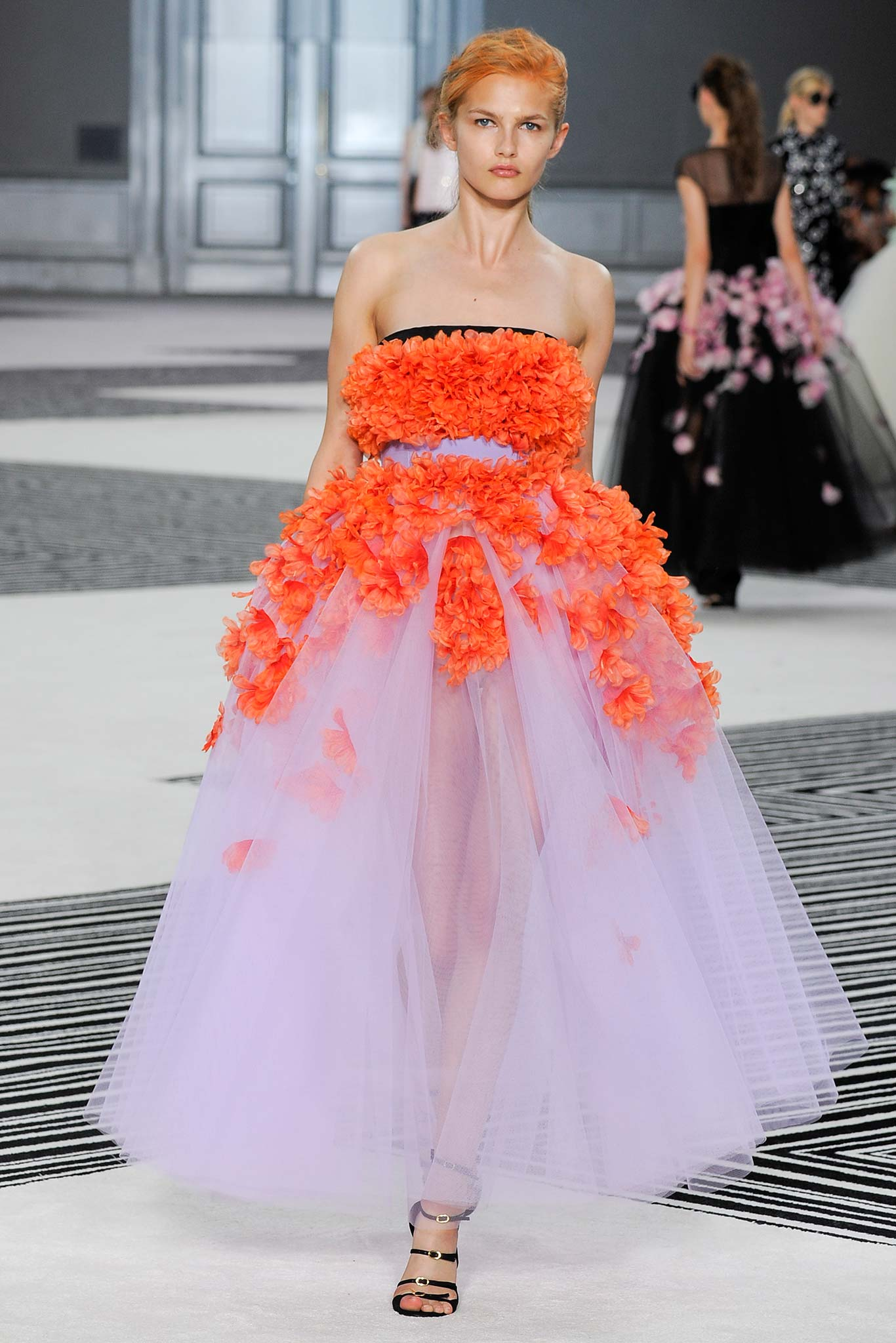 Giambattista valli haute couture f w 2015 paris graveravens for Haute couture 2015