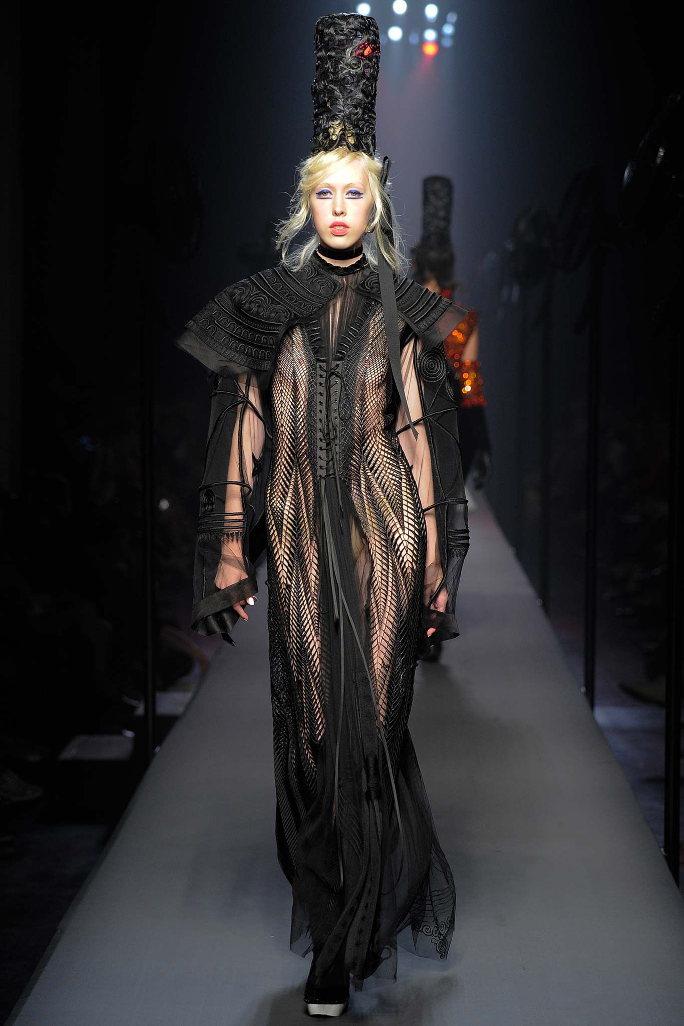 Jean paul gaultier haute couture f w 2015 paris graveravens for Haute couture 2015