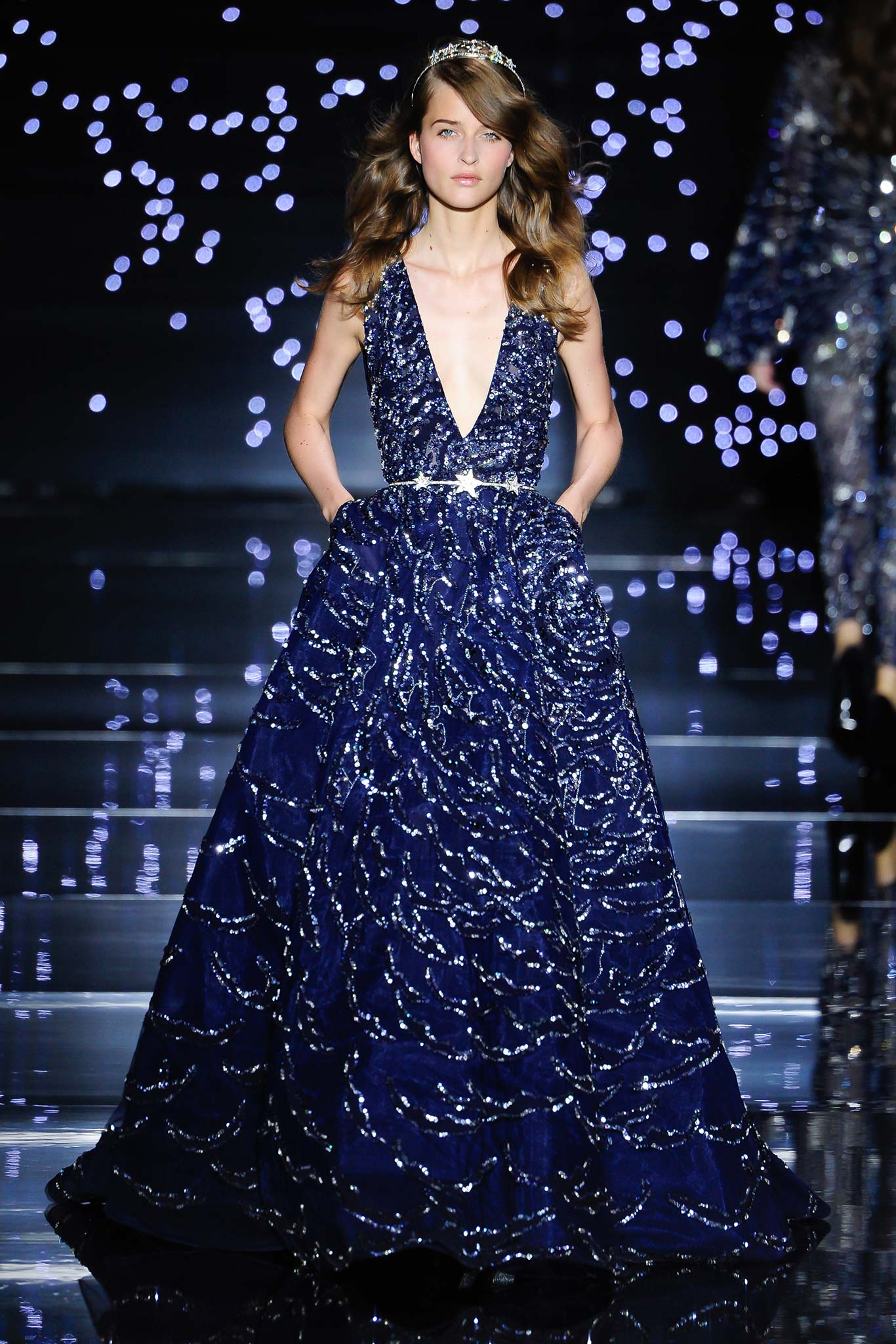 Zuhair murad haute couture f w 2015 paris graveravens for Couture a paris