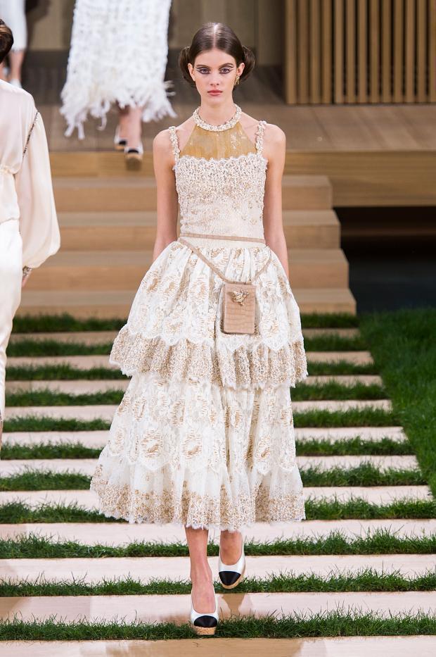 Chanel haute couture s s 2016 paris graveravens for Haute couture houses 2016