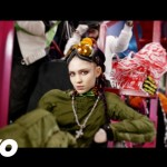 Grimes – Kill V. Maim (Music Video)