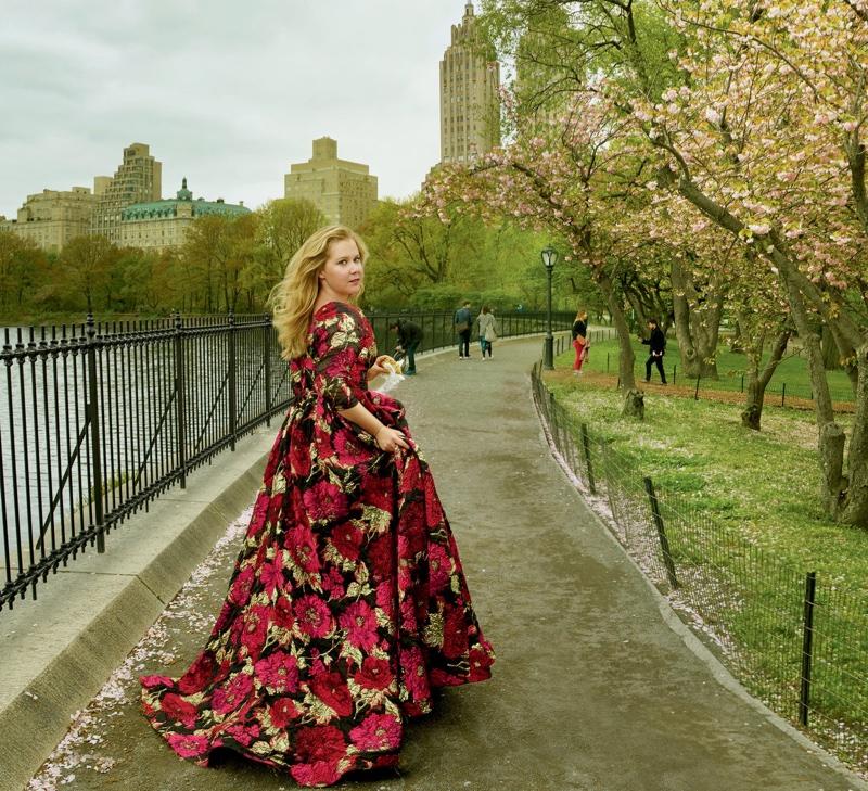Amy Schumer by Annie Leibovitz (3)