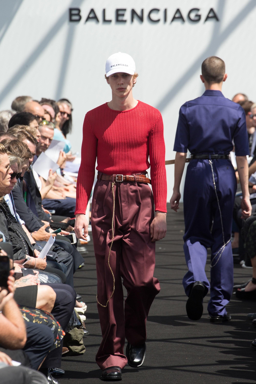 Balenciaga Menswear SS 2017 Paris (21)