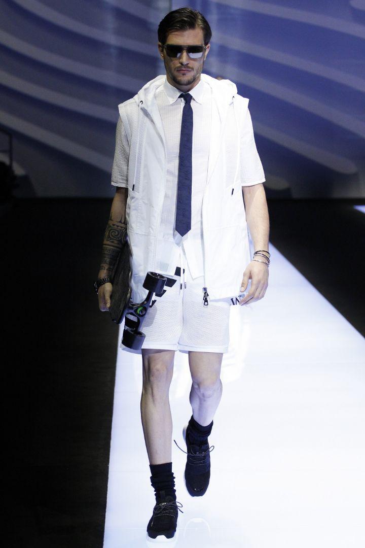 Emporio Armani Menswear SS 2017 Milan (72)