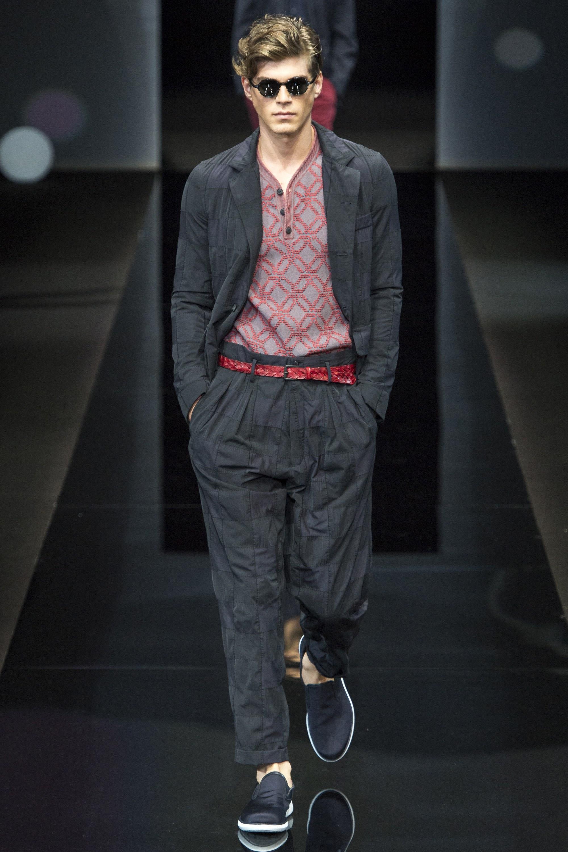 Giorgio Armani Menswear SS 2017 Milan (57)