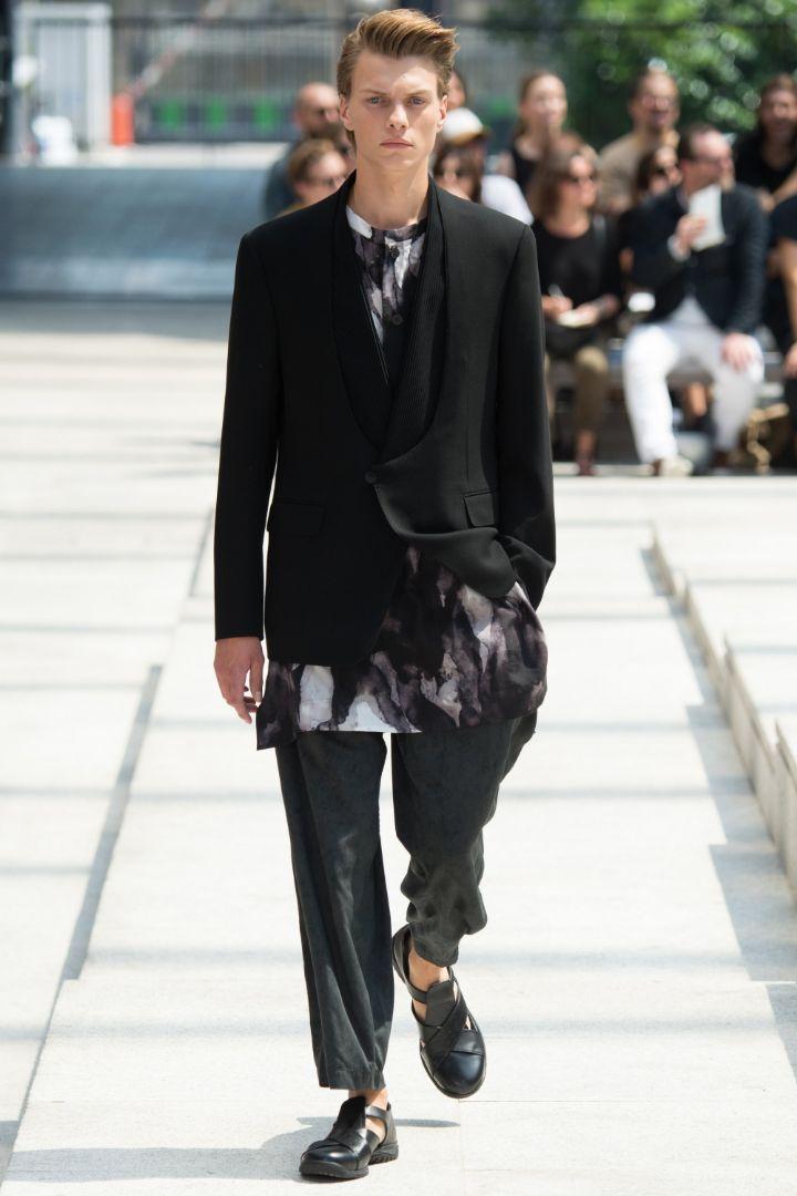 Issey Miyake Menswear SS 2017 Paris (18)
