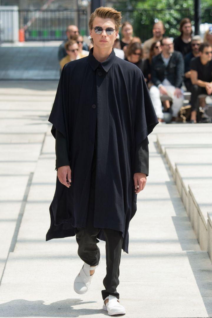 Issey Miyake Menswear SS 2017 Paris (38)