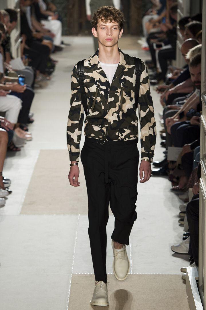 Valentino Menswear SS 2016 Paris (20)