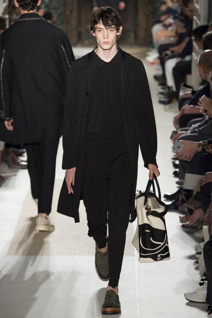 Valentino Menswear SS 2016 Paris (49)