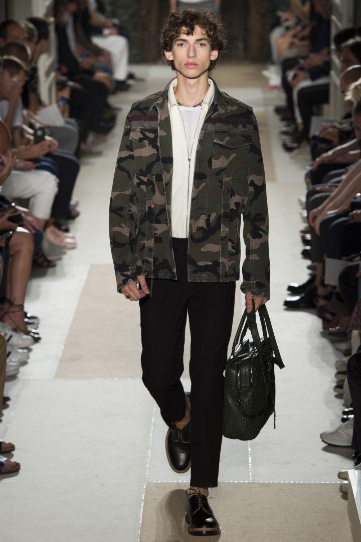 Valentino Menswear SS 2016 Paris (9)