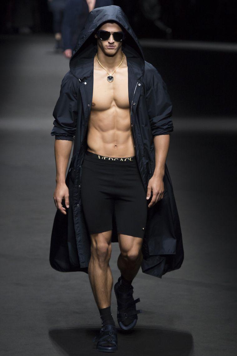Versace Menswear SS 2017 Milan (28)
