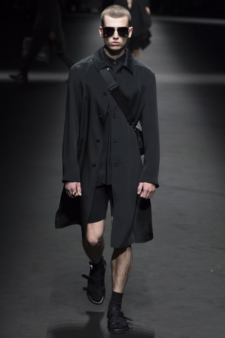 Versace Menswear SS 2017 Milan (37)