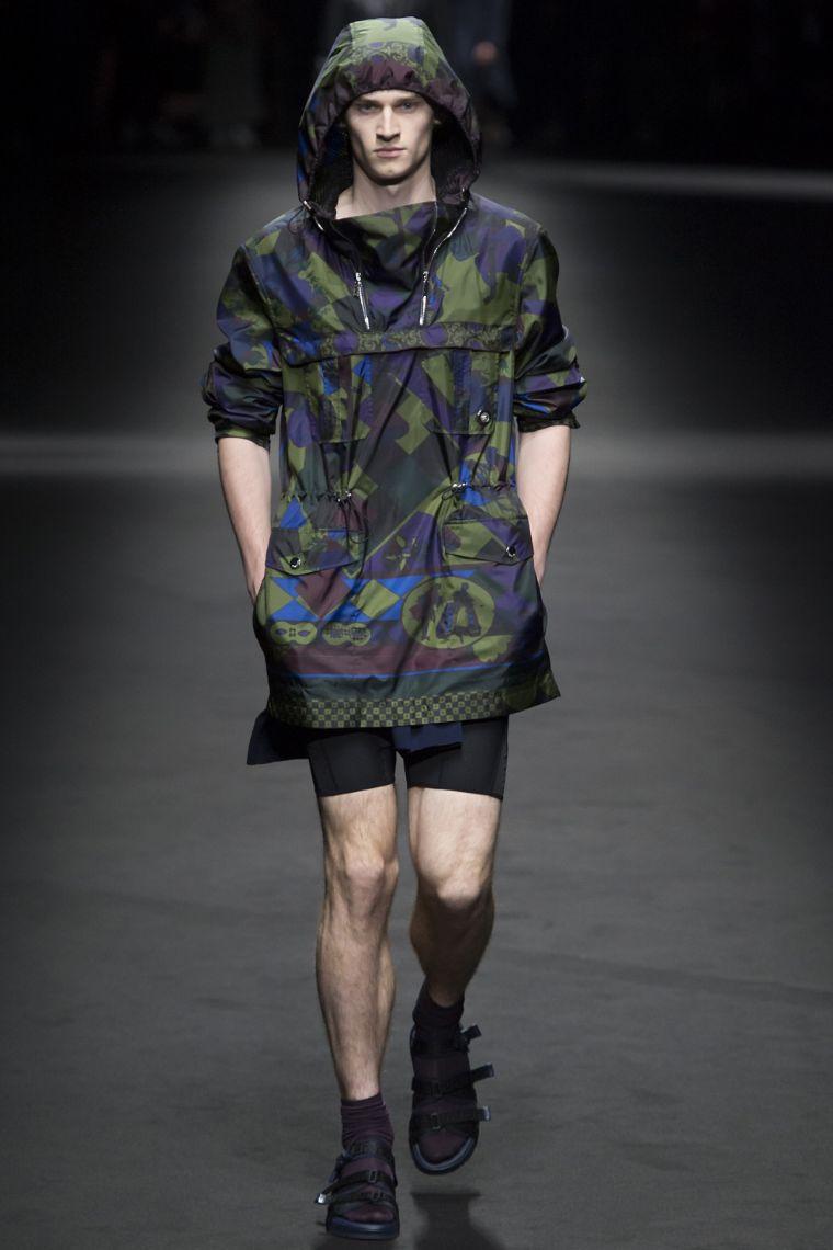 Versace Menswear SS 2017 Milan (4)