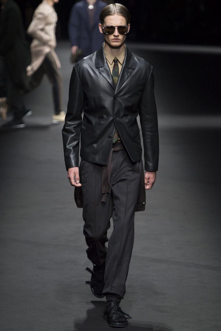 Versace Menswear SS 2017 Milan (5)