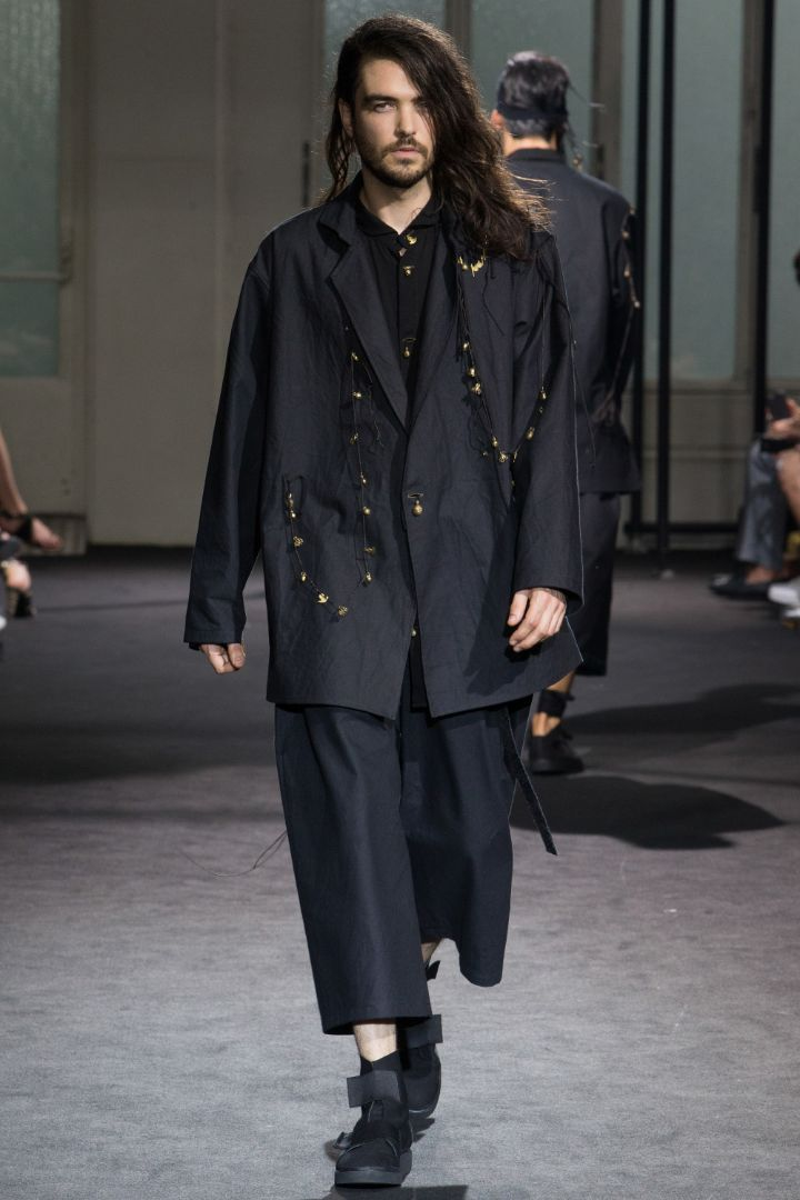 Yohji Yamamoto Menswear SS 2017 Paris (6)
