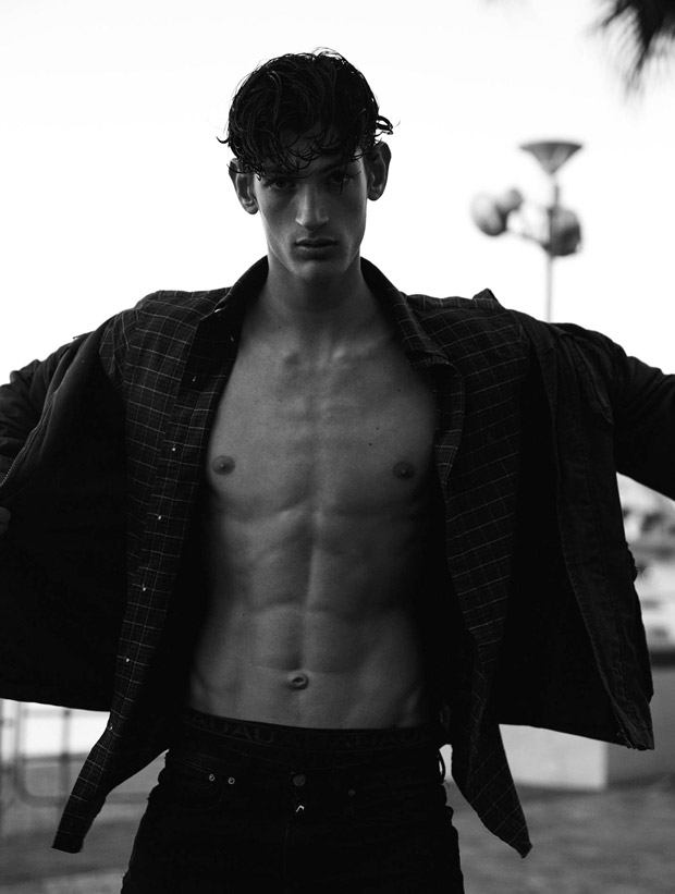 Aaron Shandel by Oliver Sutton (5)