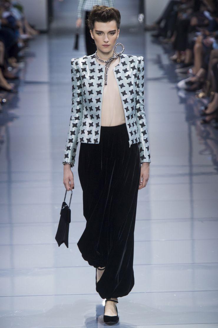 Armani Priv+¬ Haute Couture FW 2016 Paris (13)