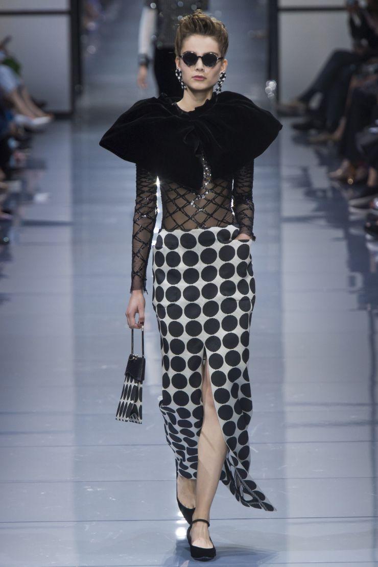 Armani Priv+¬ Haute Couture FW 2016 Paris (30)