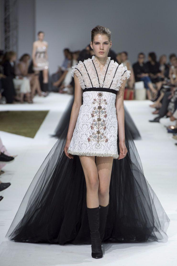 Giambattista Valli Haute Couture FW 2016 Paris (28)