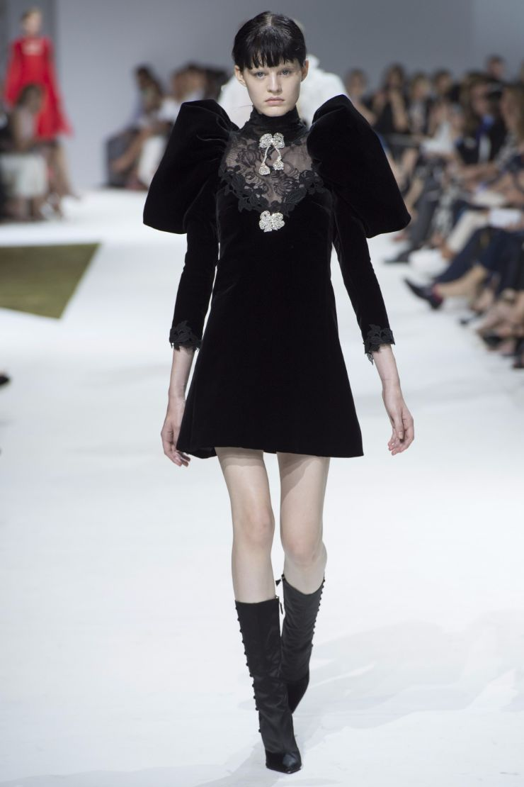 Giambattista Valli Haute Couture FW 2016 Paris (36)