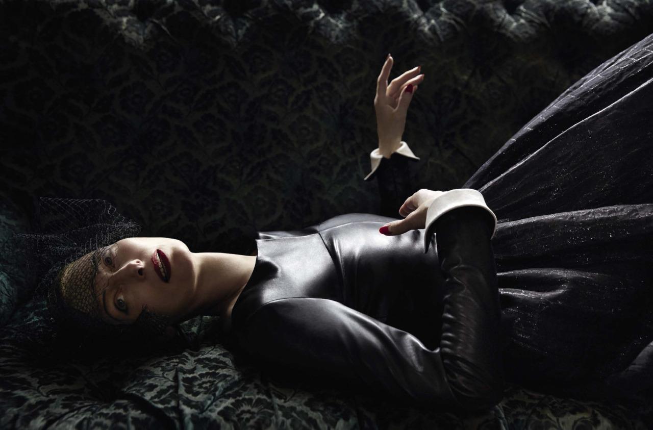 Tilda Swinton by Yelena Yemchuk (7)