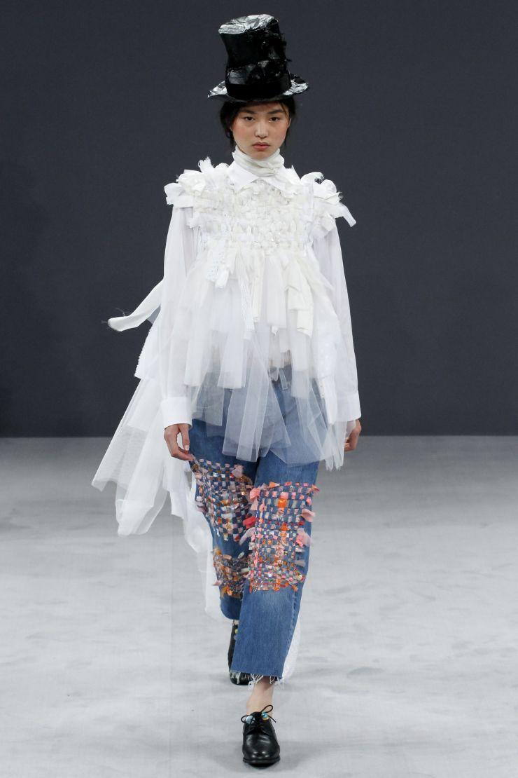 Viktor & Rolf Haute Couture FW 2016 Paris (15)