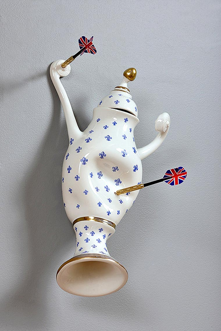 Abused Porcelain by Laurent Craste (3)