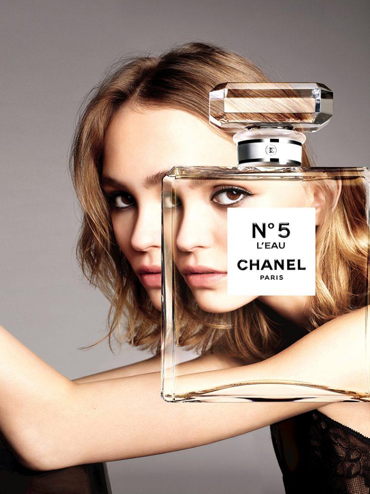 Lily-Rose-Depp-by-Karim-Sadli-for-Chanel-'No.5-L'Eau'-Fragrance-2016-Campaign-2-760x1015