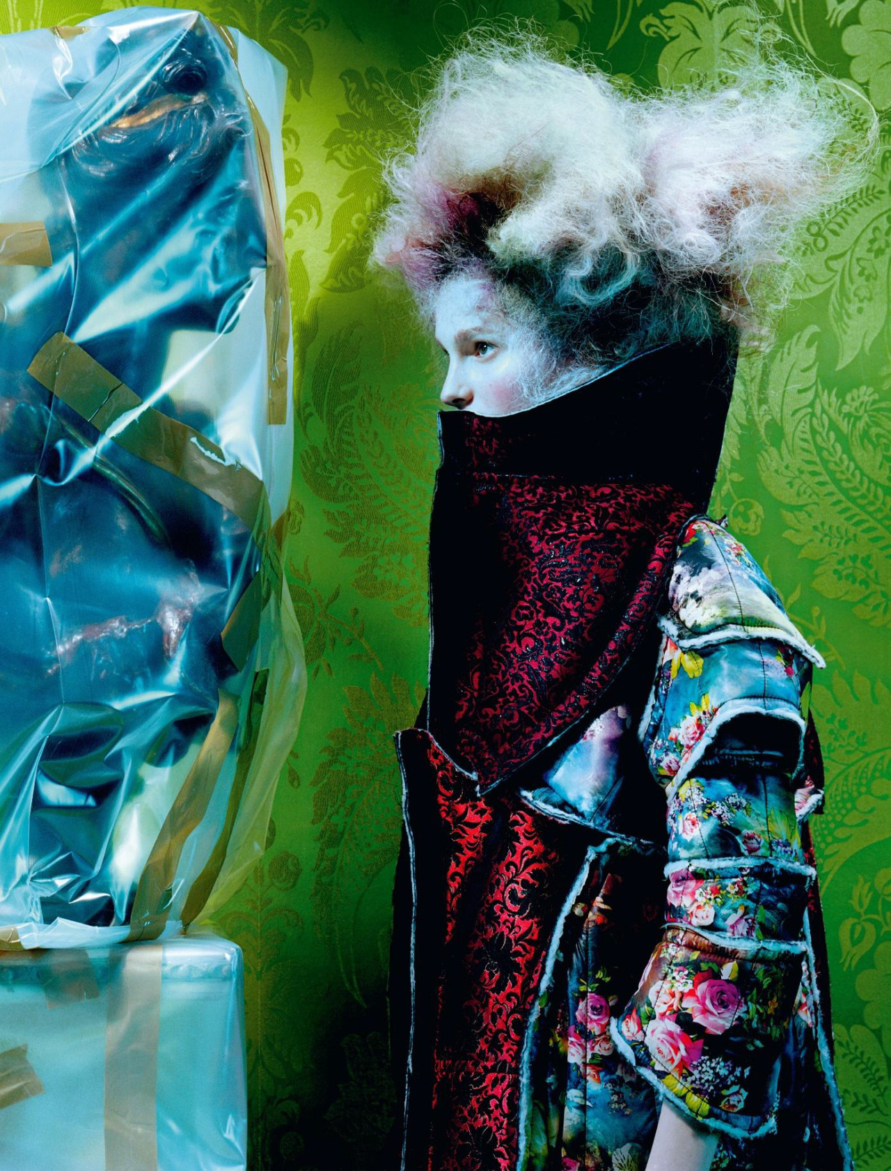 Viola Podkopaeva by Miles Aldridge (3)
