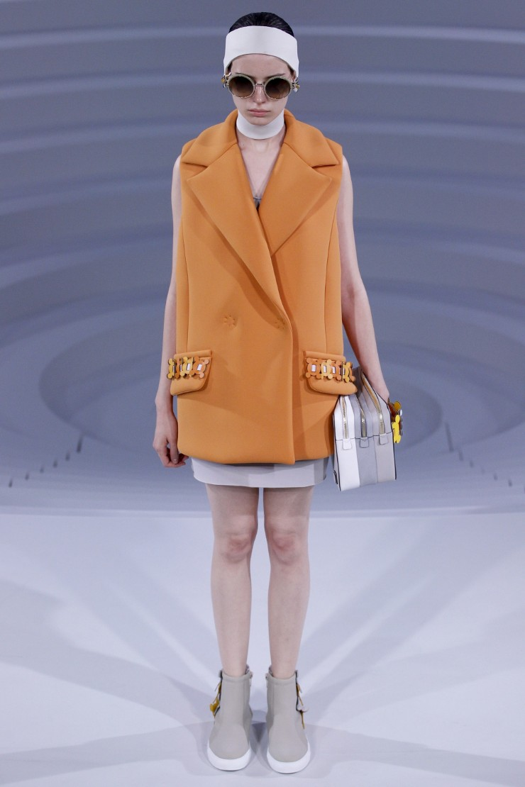 anya-hindmarch-ready-to-wear-ss-2017-lfw-13