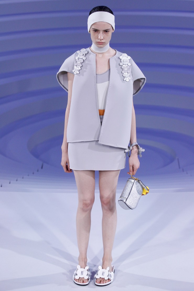 anya-hindmarch-ready-to-wear-ss-2017-lfw-30