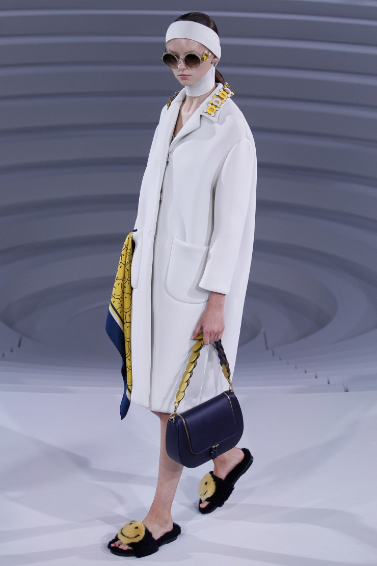 anya-hindmarch-ready-to-wear-ss-2017-lfw-4