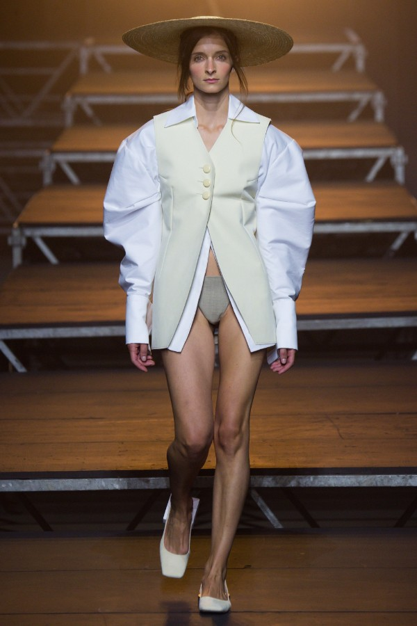 jacquemus-ready-to-wear-ss-2017-pfw-1