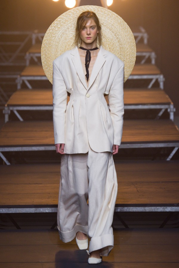 jacquemus-ready-to-wear-ss-2017-pfw-15