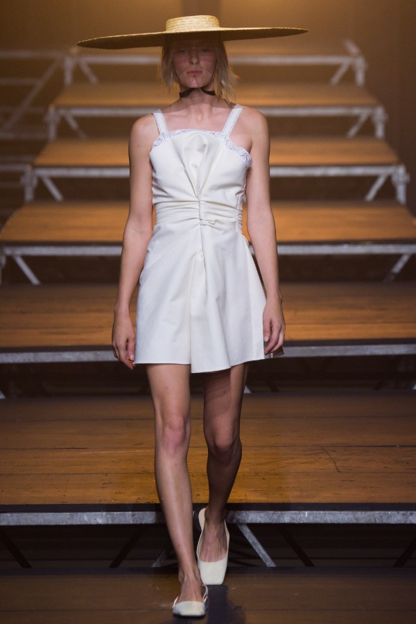 jacquemus-ready-to-wear-ss-2017-pfw-20
