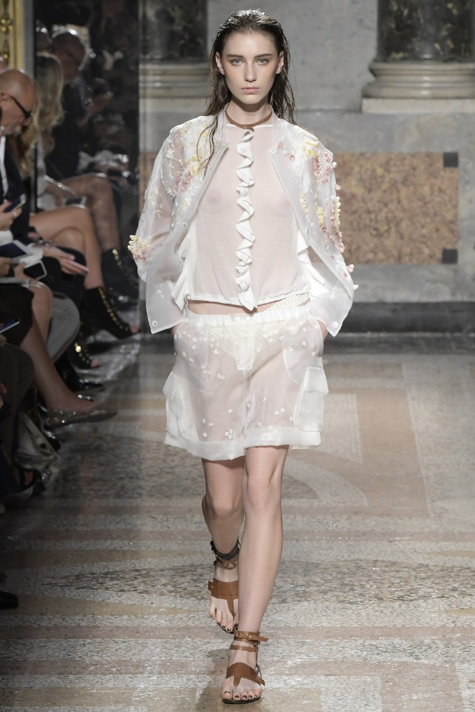 les-copains-ready-to-wear-ss-2017-mfw-16