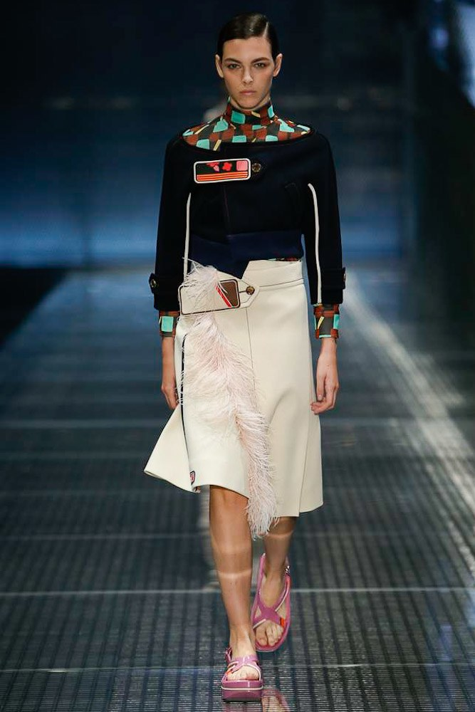 prada-ready-to-wear-ss-2017-mfw-16