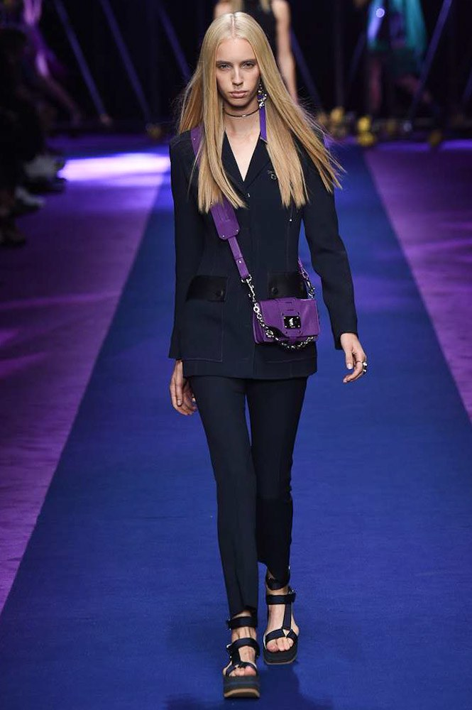 versace-ready-to-wear-ss-2017-mfw-10