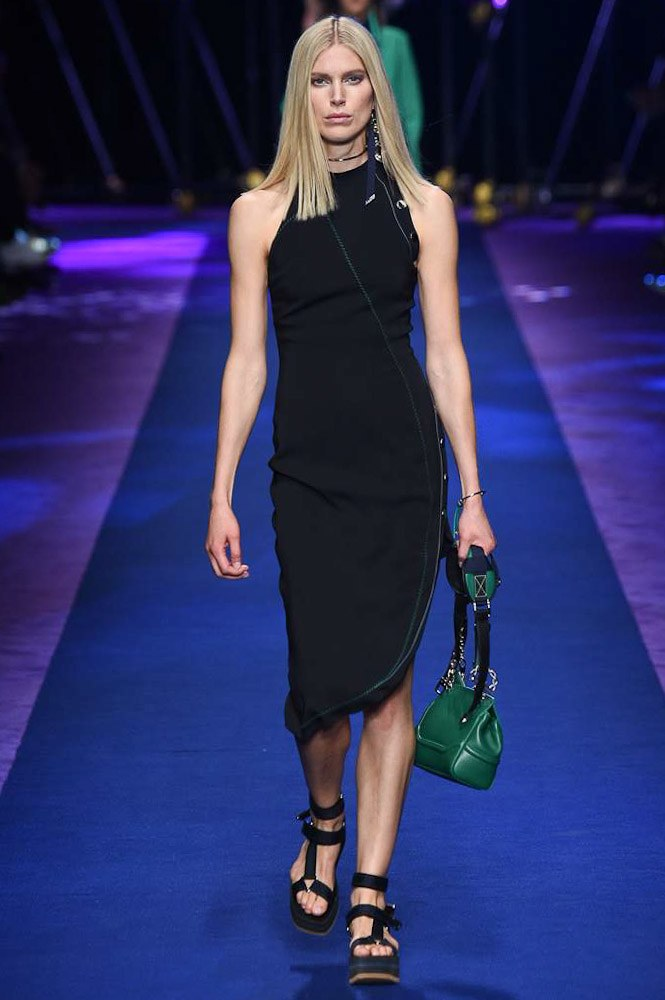 versace-ready-to-wear-ss-2017-mfw-11