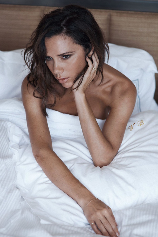 victoria-beckham-by-lachlan-bailey-3
