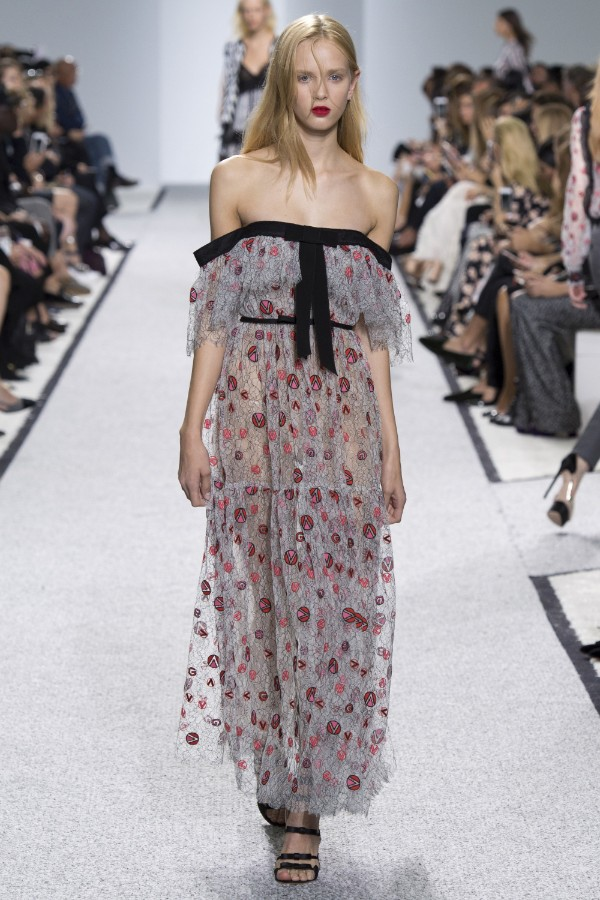 giambattista-valli-ready-to-wear-ss-2017-pfw-30