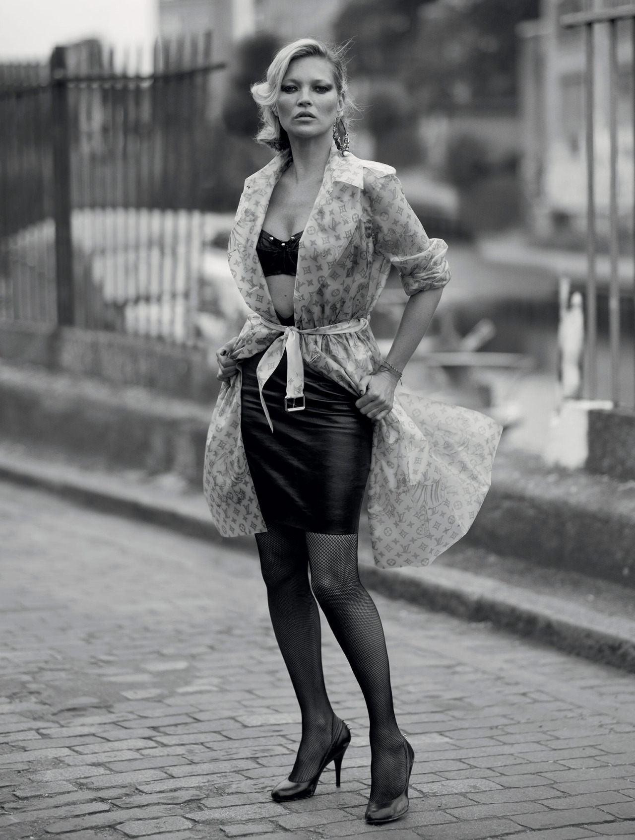 kate-moss-by-ethan-james-green-4