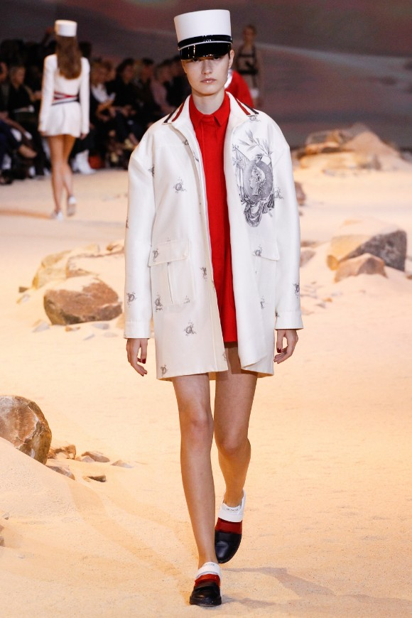 moncler-gamme-rouge-ready-to-wear-ss-2017-pfw-15